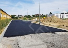 položenie asfaltu na ul. Orechová